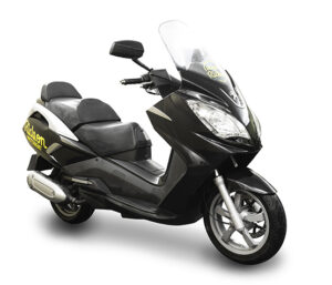 Ride-on-scooter-rental-peugeot-satelis-300cc.jpg
